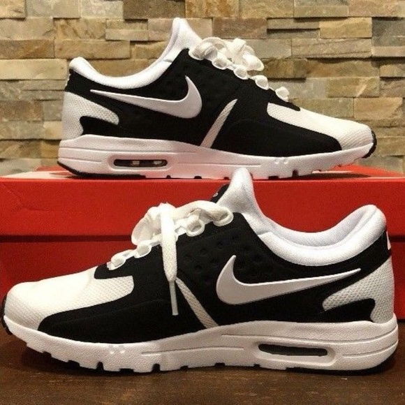 low priced 06d9d 6b0e9 NIKE WOMENS AIR MAX ZERO BLACK WHITE